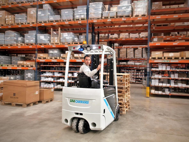 Los técnicos de Autofrutos se forman en la nueva generación de Carretillas Elevadoras Unicarriers TX